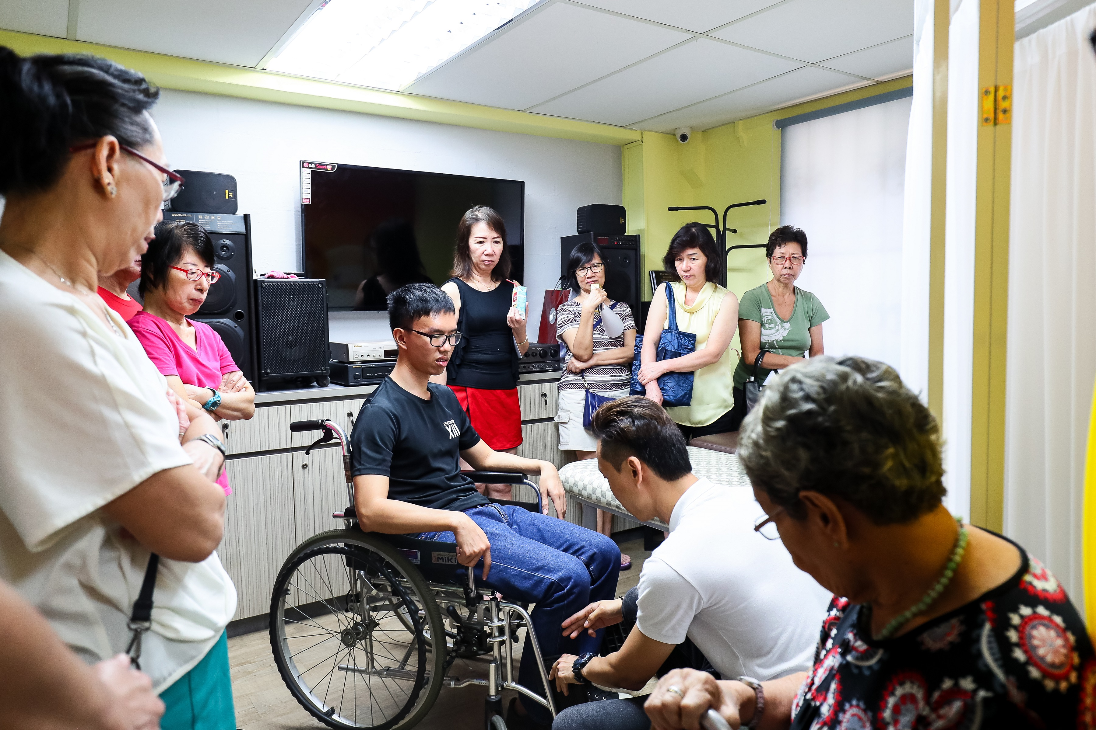 Residents from Toa Payoh Central Zone 1 learnt basic caregiving skills from a corporate volunteer from Coddle. It would help family members provide better care for seniors in their households.